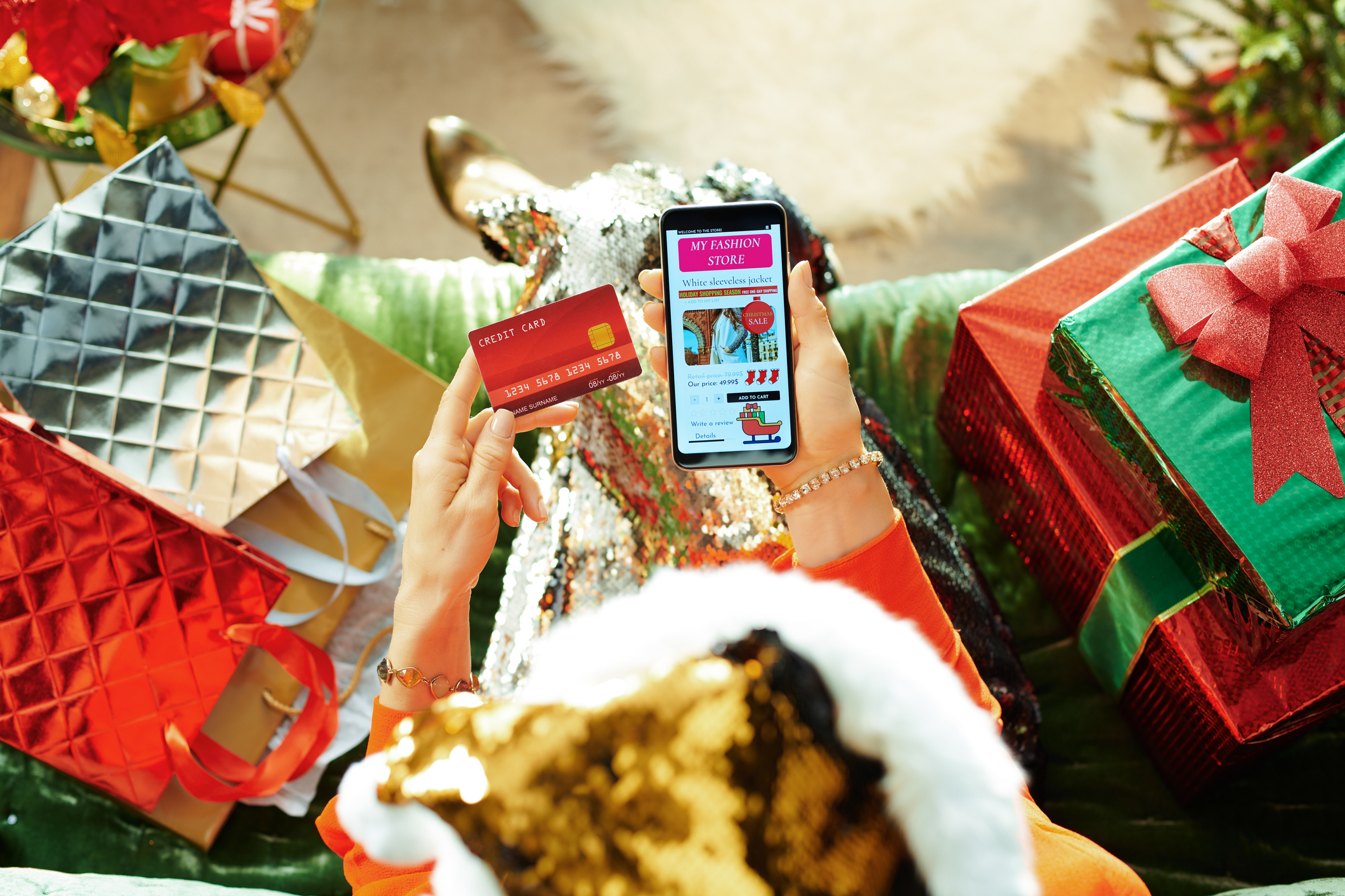 10 Holiday Scams to Avoid