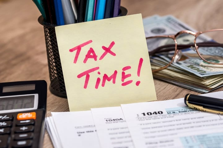 The Most Important Tax Tip You Need To Know, According To Experts